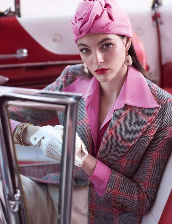vogue-paris-may-2017-vittoria-ceretti-by-mario-testino-11.jpg