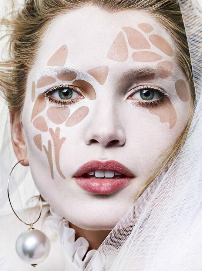 Hana-Jirickova-by-Alique-for-Vogue-Paris-May-2017- (6).jpg