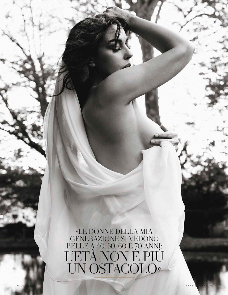 Monica-Bellucci-Vanity-Fair-Italy-May-2017-Cover- (1).jpg