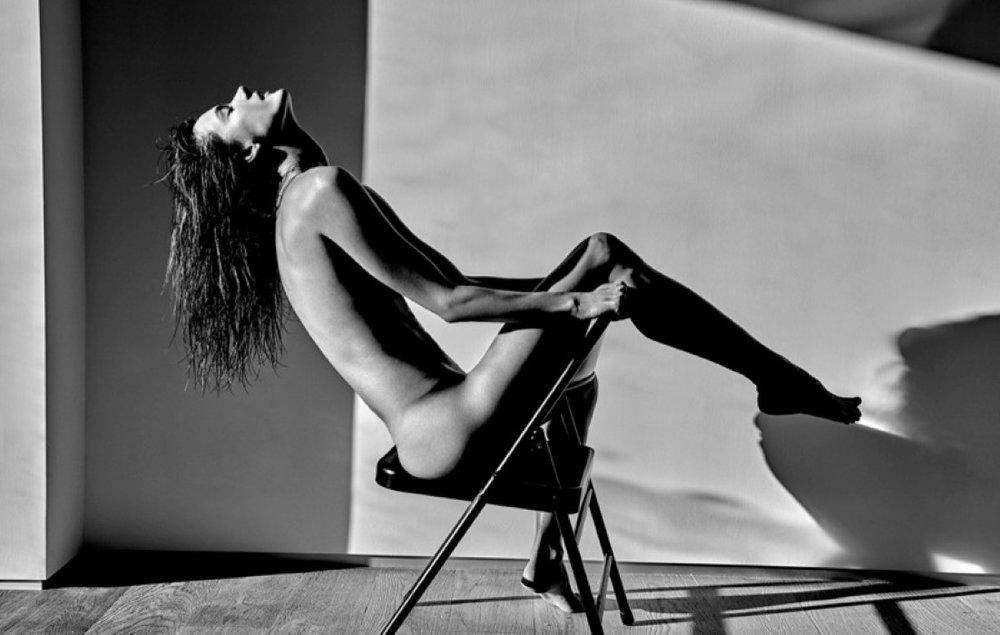 Alessandra-Ambrosio-Narcisse-Magazine-Sexy-Spring-2017-Cover-Photoshoot09.jpg