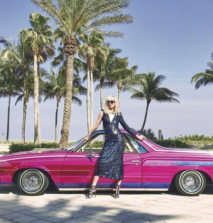 Karolina-Kurkova-Harpers-Bazaar-China-June-2017-Cover-Photoshoot07.jpg