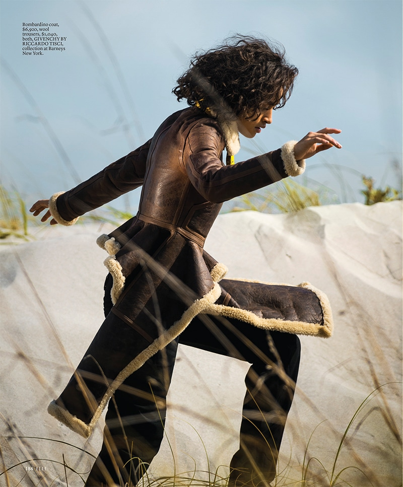 ELLE-June-2017-Alanna-Arrington-by-Gilles-Bensimon-3.jpg