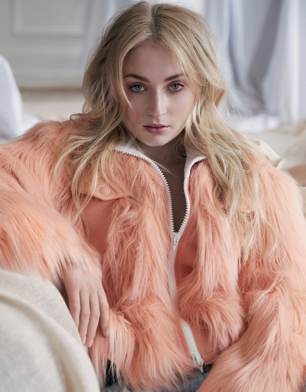 Marie-Claire-UK-August-2017-Sophie-Turner-David-Roemer-1.jpg