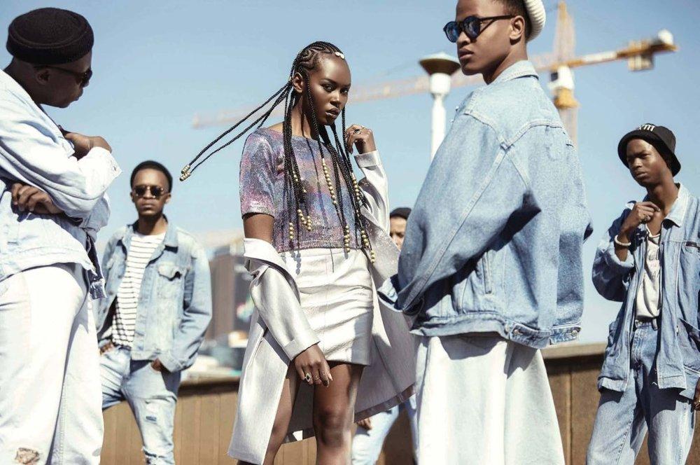 Elle_South_Africa__August_2017-lindiwe-dim-justin-dingwall- (10).jpg