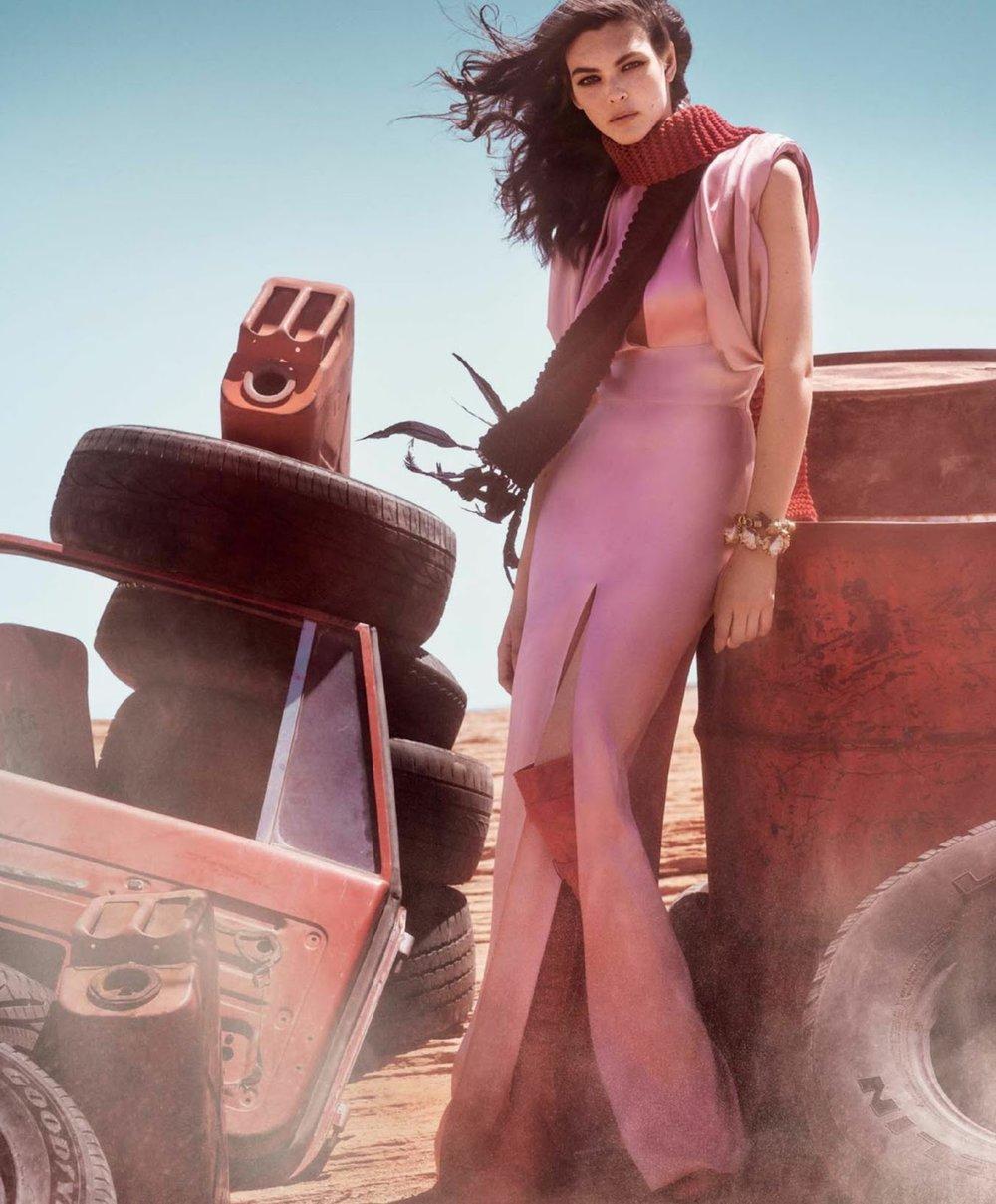 Vogue USA September 2017-vittoria-ceretti-mario-testino- (6).jpg
