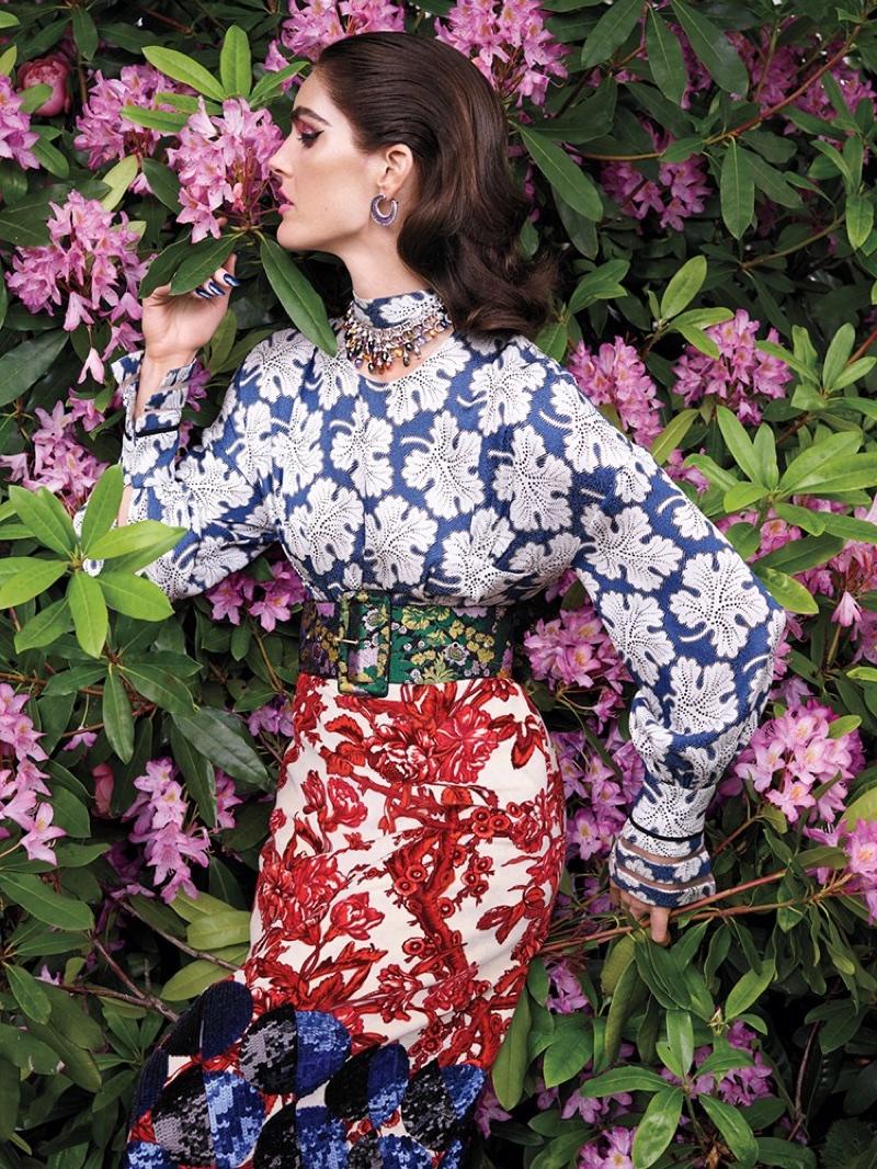 Hilary-Rhoda-Avant-Garde-Vogue-Arabia-September-2017-Editorial04.jpg