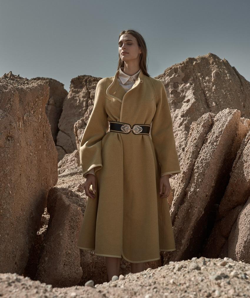 Claire-De-Regge-Harpers-Bazaar-Poland-Thanassis-Krikis-11.jpg