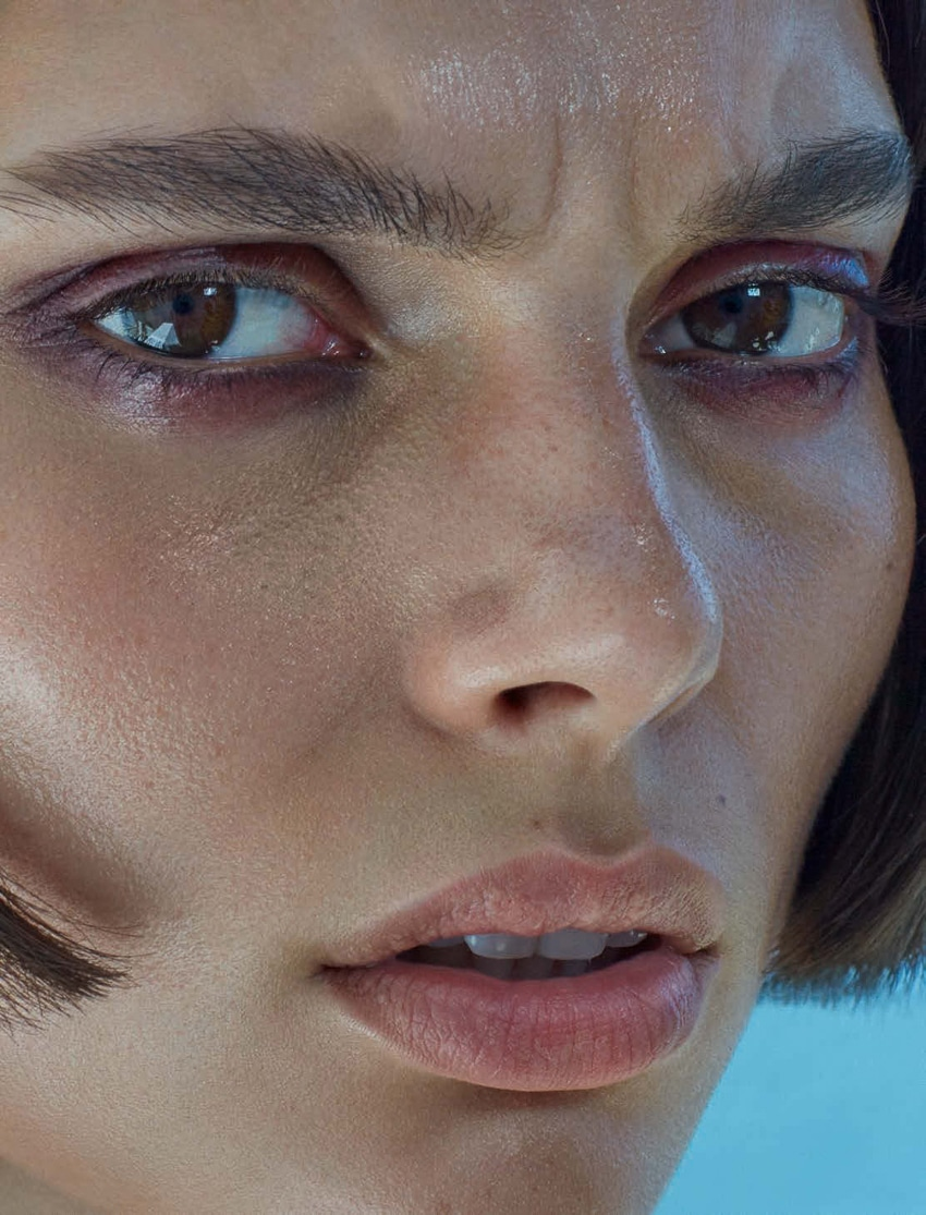 Charlee-Fraser-Vogue-Germany-Alique-3.jpg