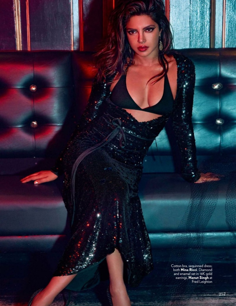 Priyanka-Chopra-Vogue-India-September-2017- (3).jpg