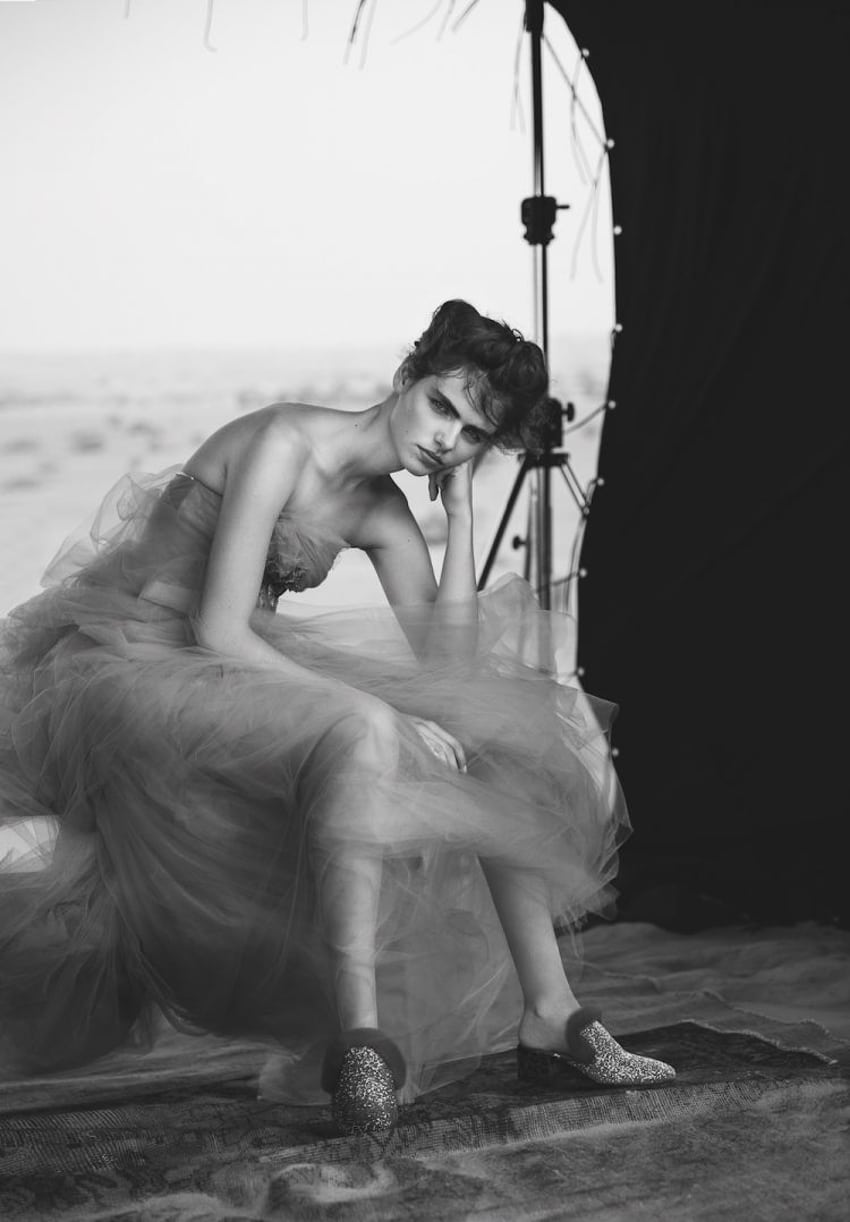 Vogue-Arabia-September-2017-Maya-Gunn-by-Silja-Magg-4.jpg
