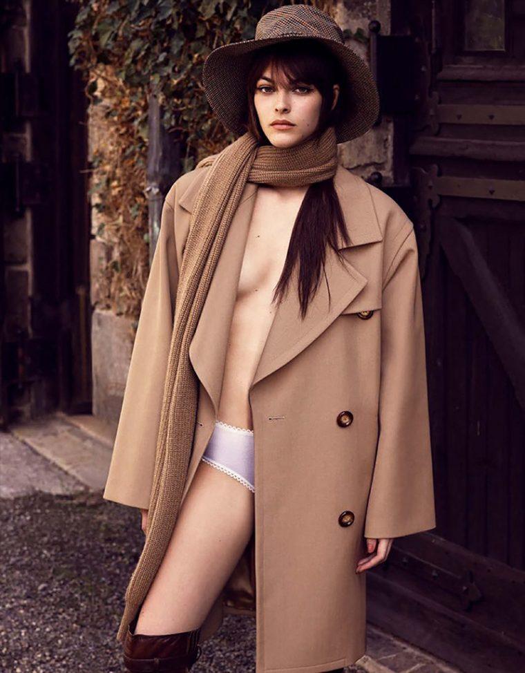 Vittoria-Ceretti-by-Luigi-Iango-for-Vogue-Germany-November-2017- (8).jpg