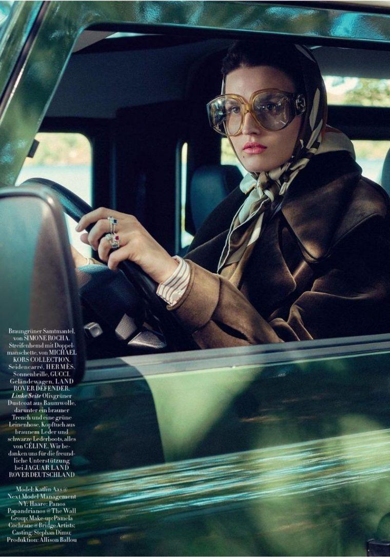 Katlin-Aas-by-Sofia-Mauro-for-Harpers-Bazaar-Germany-November-2017- (1).jpg