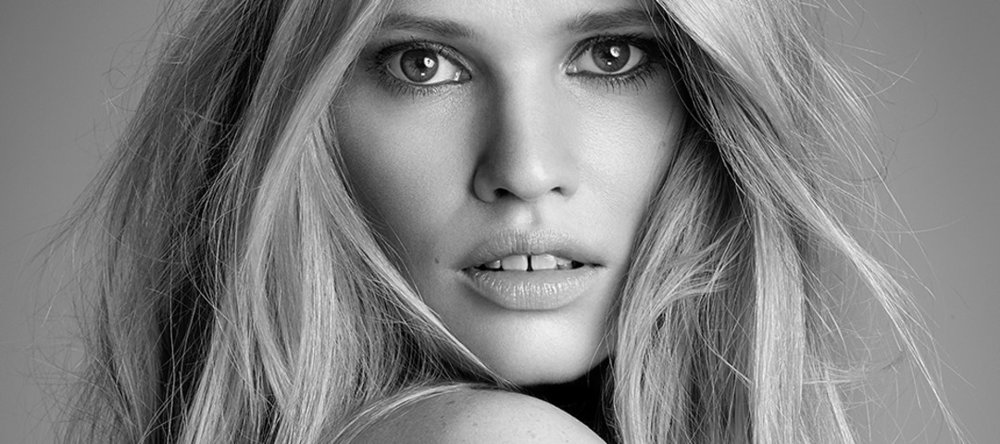 Lara Stone -