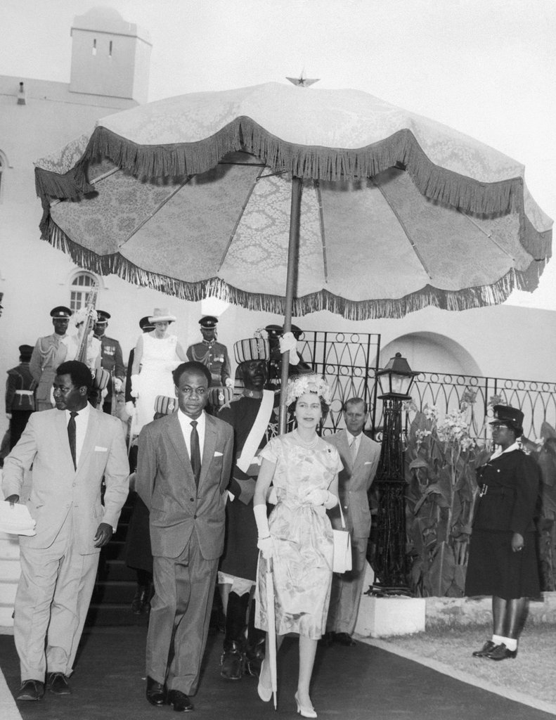 Queen Elizabeth arriving on her hstory-making trip to Ghana.