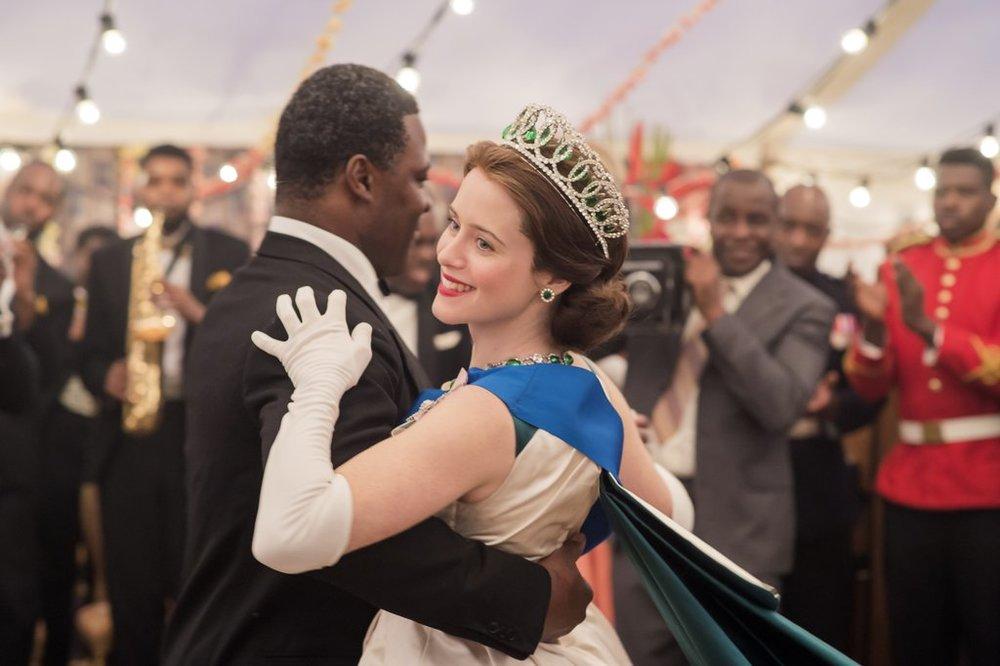 Queen-Elizabeth-Trip-Ghana-Crown (1).jpg