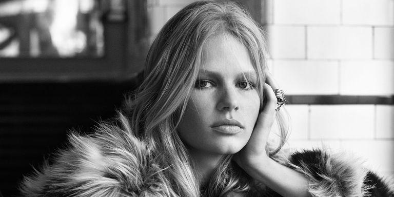 Anna Ewers -