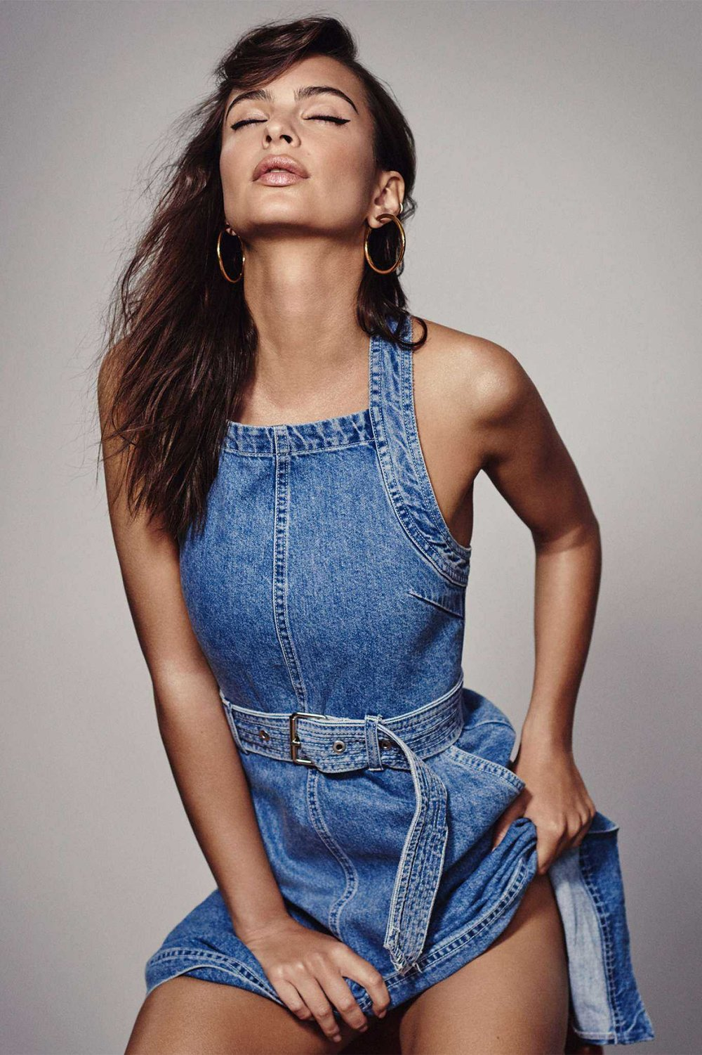 Emily-Ratajkowski-in-DL1961-Denim-SS-2018-207.jpg