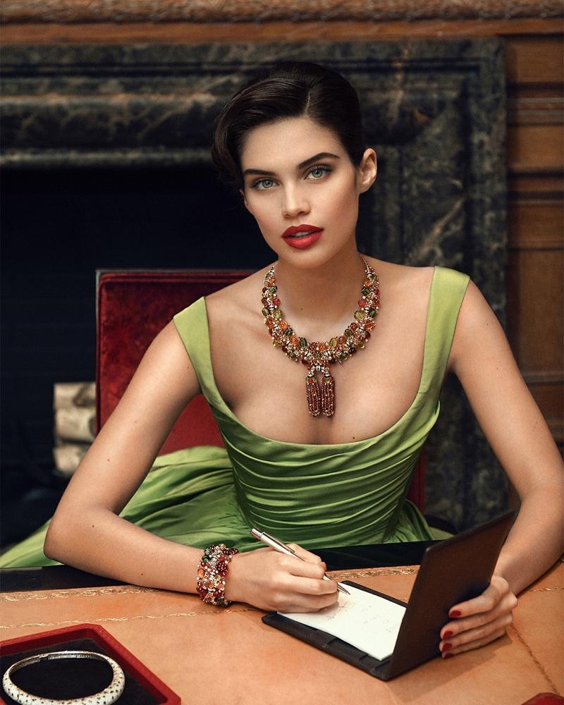 Sara-Sampaio-Jewelry-Shoot03.jpg