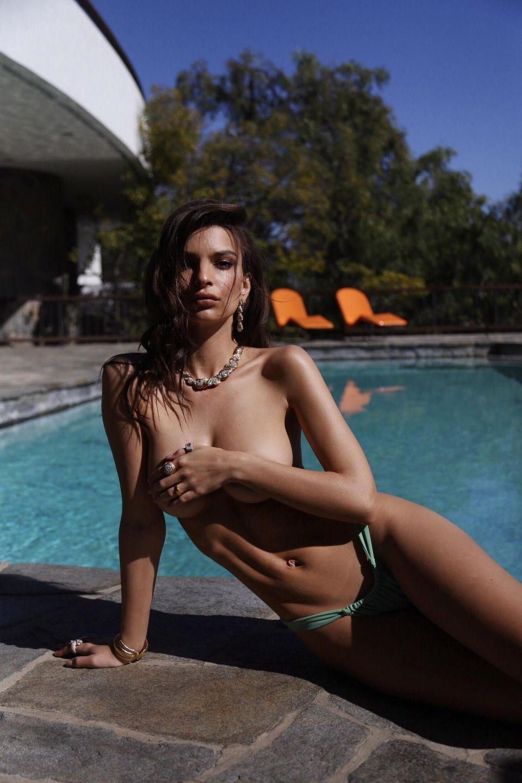Emily-Ratajkowski-Inamorata-swimwear- (5).jpg