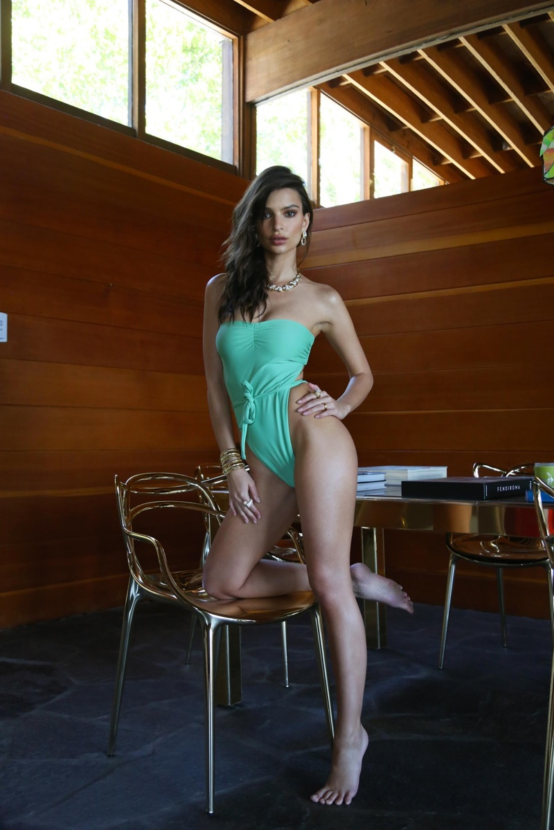 Emily-Ratajkowski-Inamorata-swimwear- (12).jpg