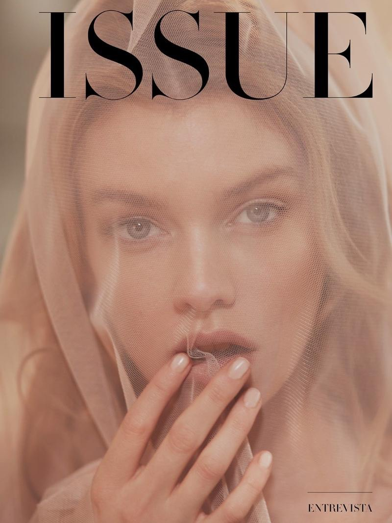 Stella-Maxwell-Greg Swales-Issue Magazine Fall 2018- (5).jpg