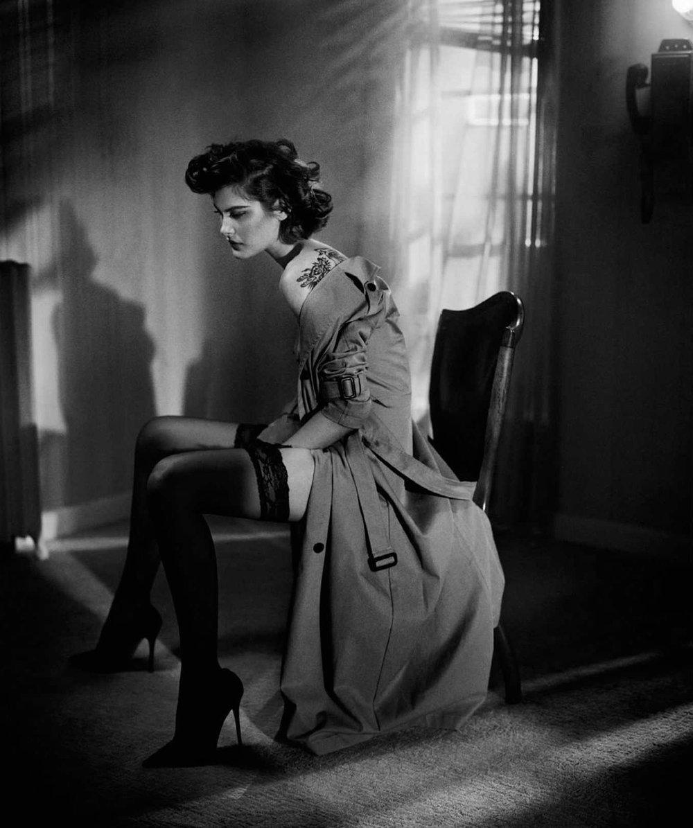 Catherine-McNeil-Vincent-Peters-Harper's-Bazaar-Spain-  (3).jpg
