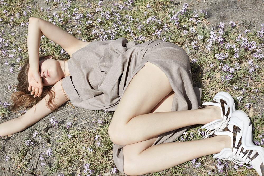 Vogue-Poland-Molly-Smith-Agata-Pospieszynska-6.jpg