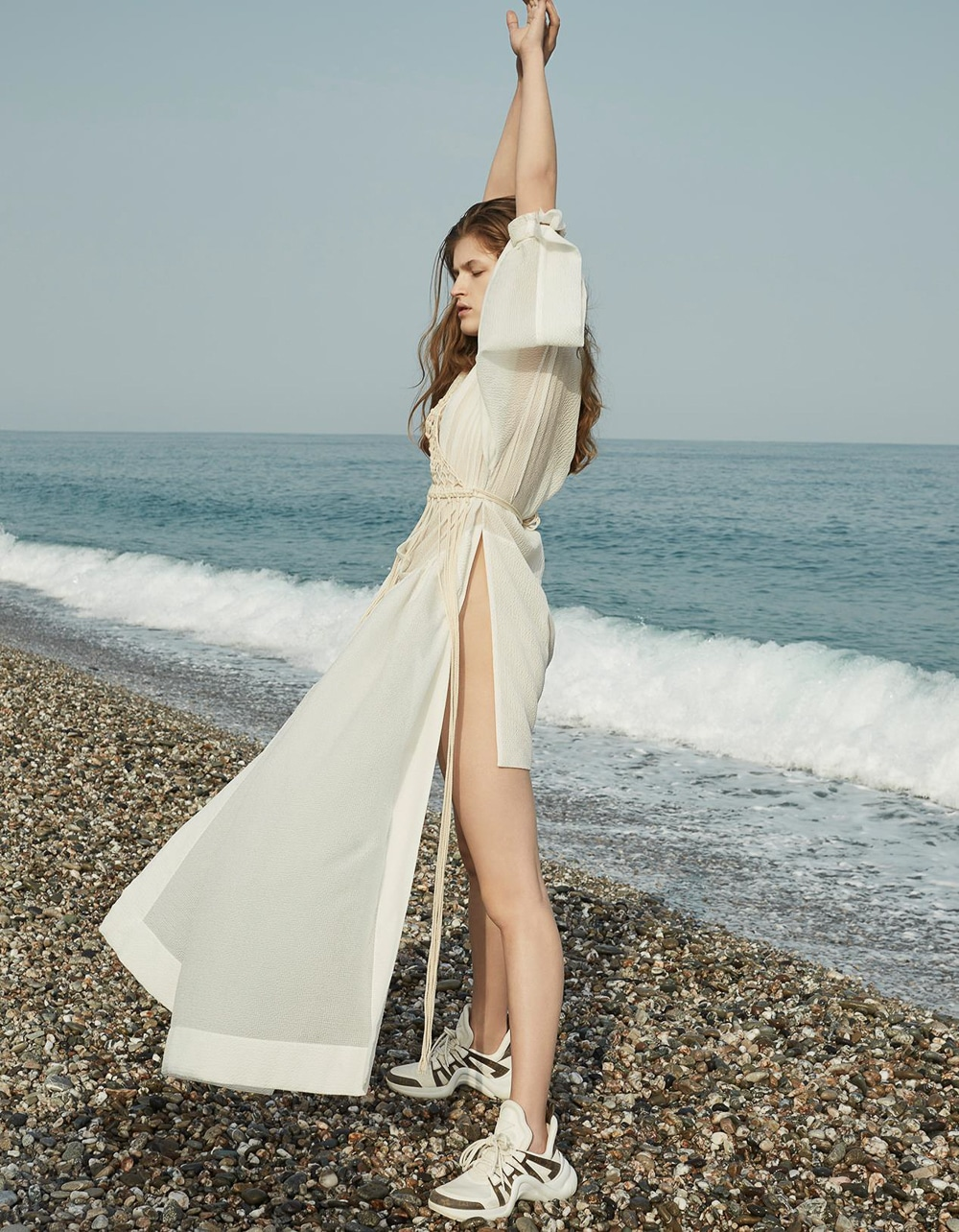 Vogue-Poland-Molly-Smith-Agata-Pospieszynska-14.jpg