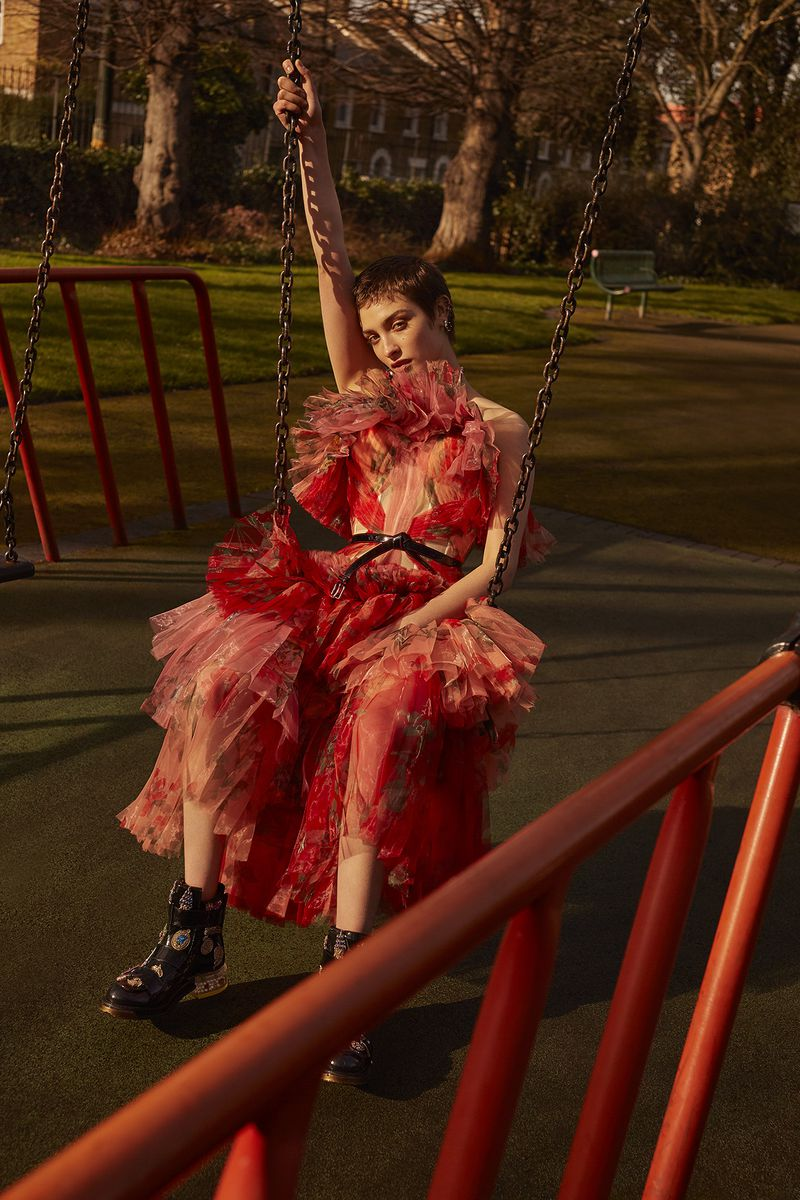Lera Abova by Agata Pospieszynska for Harper's Bazaar Russia May 2018 (5).jpg