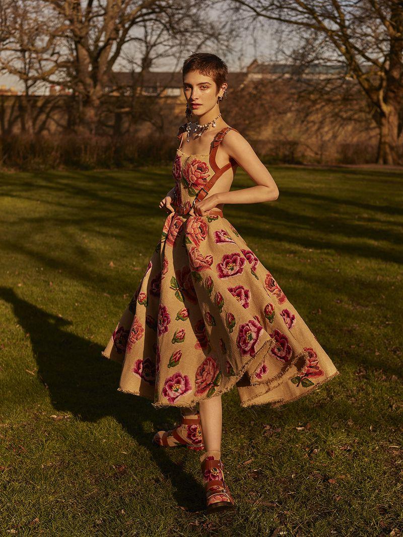 Lera Abova by Agata Pospieszynska for Harper's Bazaar Russia May 2018 (7).jpg