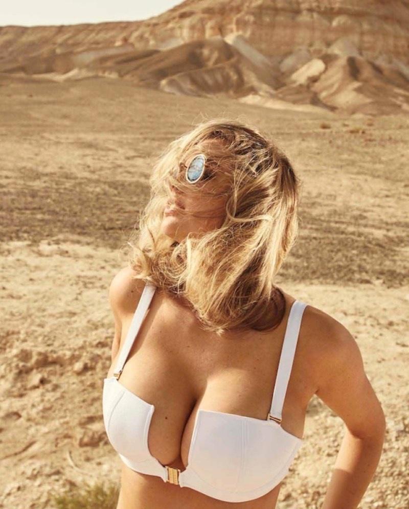Kate-Upton-Maxim-Sexy-Photoshoot03.jpg