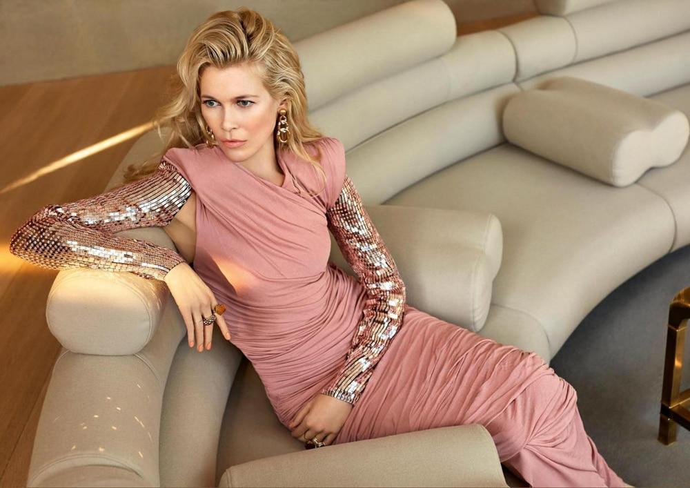 Claudia-Schiffer-ICONist-Magazine-Agata-Pospieszynska-1.jpg