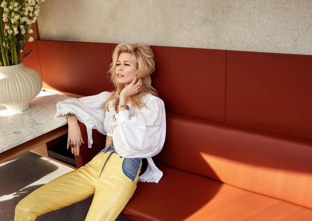Claudia-Schiffer-ICONist-Magazine-Agata-Pospieszynska-2.jpg