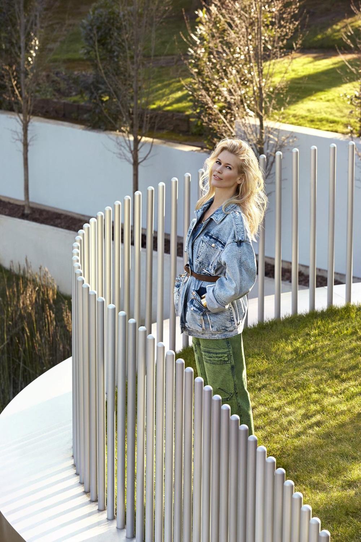 Claudia-Schiffer-ICONist-Magazine-Agata-Pospieszynska-6.jpg