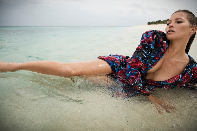 Kate-Moss-Saint-Laurent-Fall-2018-Campaign04.jpg