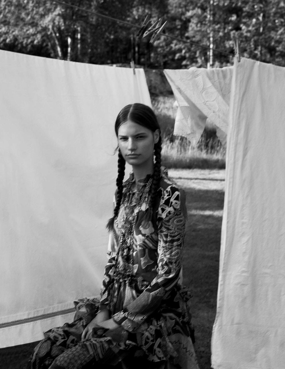 Vogue-Spain-August-2018-Faretta-by-Camilla-Akrans-9.jpg