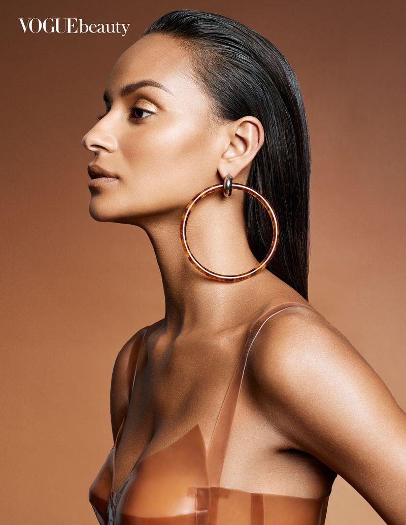 Gracie Carvalho by Enrique Vega for Vogue India Aug 2018 (12).jpg