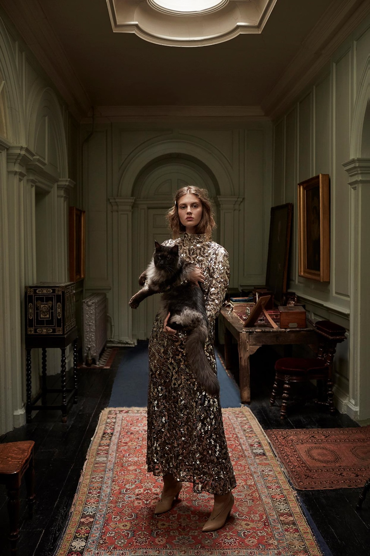 Harpers-Bazaar-UK-Septamber-2018-Florence-Kosky-Agata-Pospieszynska-4.jpg
