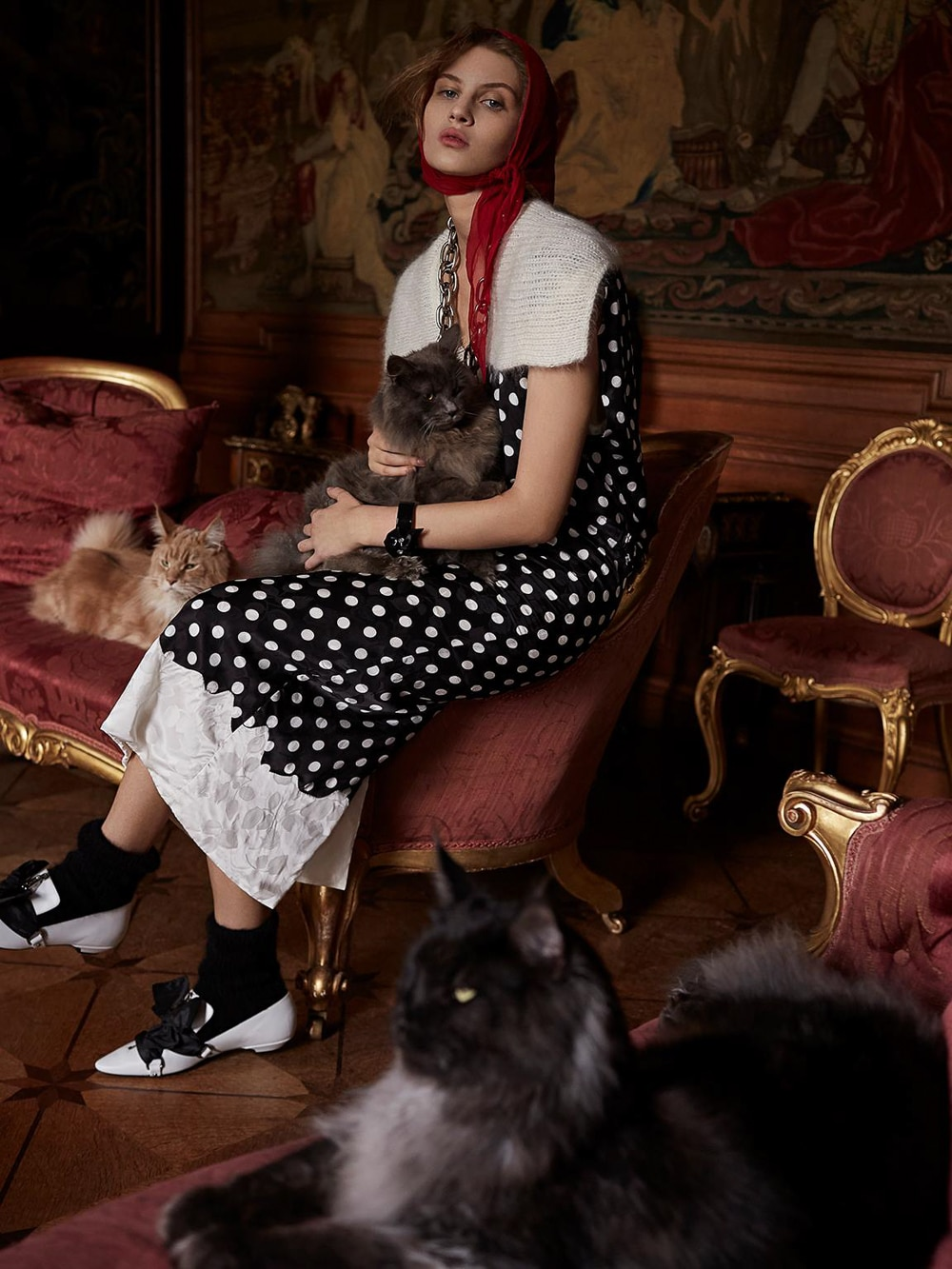Harpers-Bazaar-UK-Septamber-2018-Florence-Kosky-Agata-Pospieszynska-11.jpg