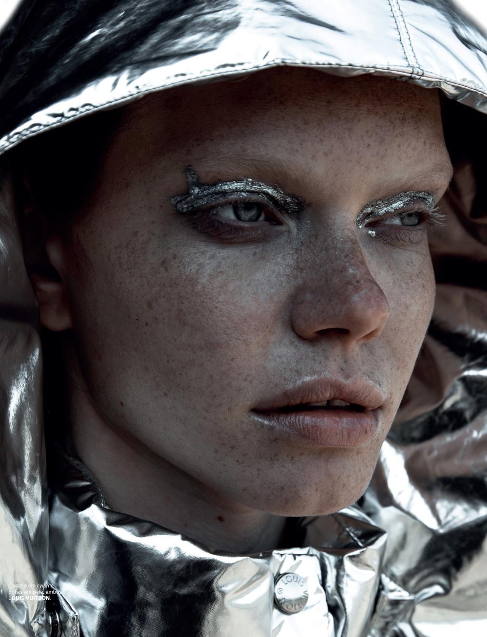 Vogue-Portugal-Nika-Rusakova-Filip-Koludrovic-2.jpg