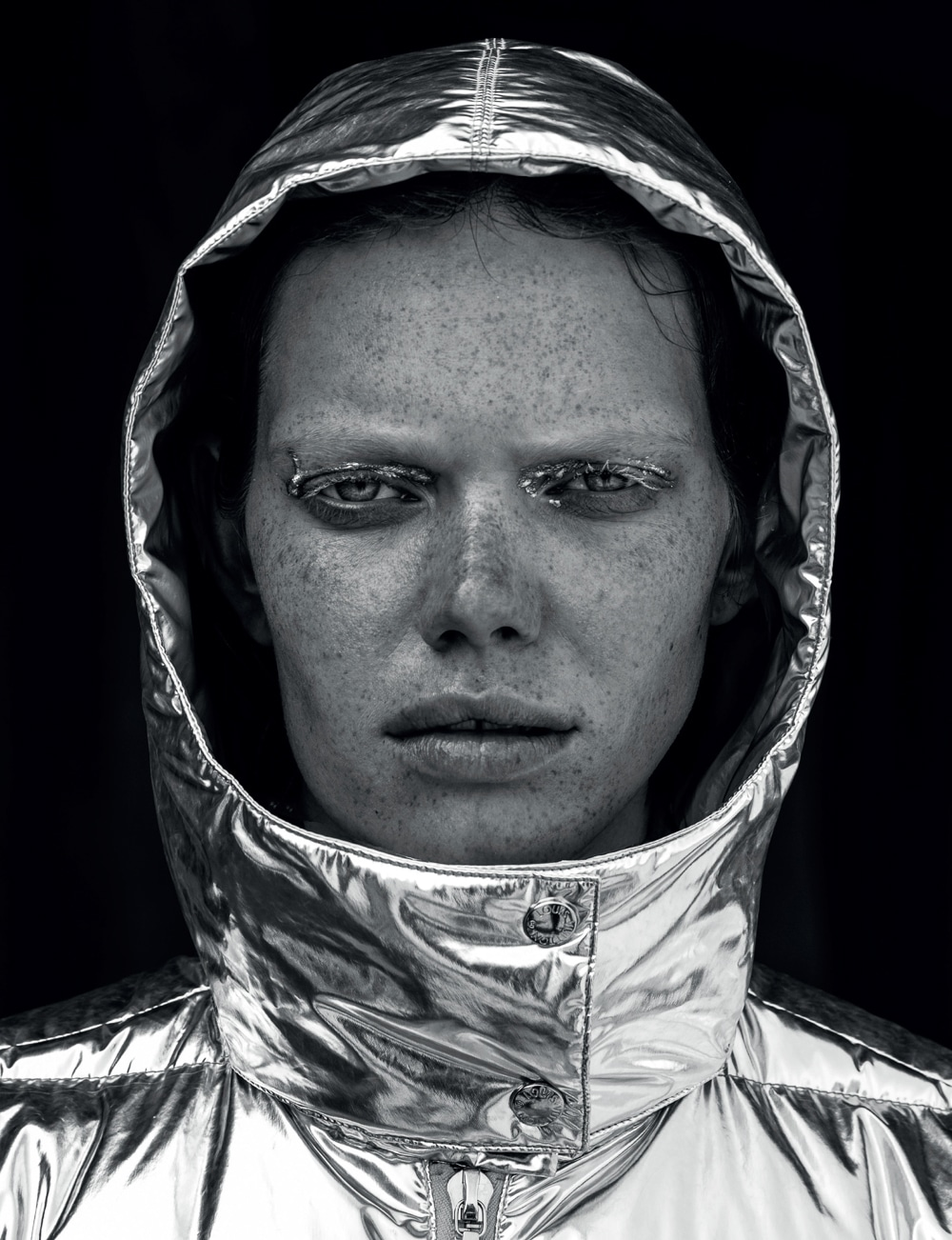 Vogue-Portugal-Nika-Rusakova-Filip-Koludrovic-11.jpg