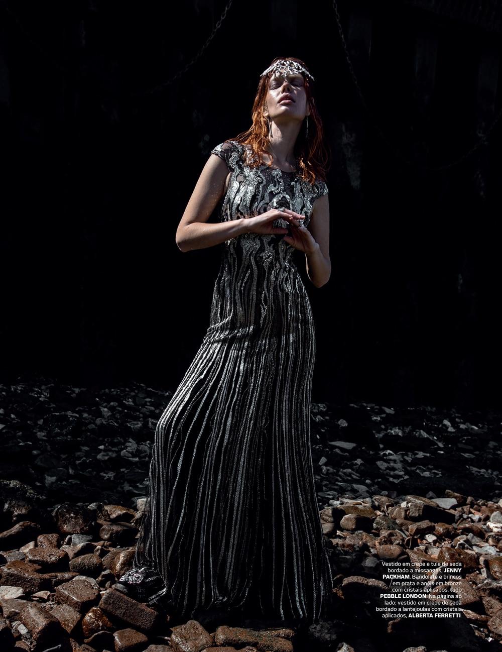 Vogue-Portugal-Nika-Rusakova-Filip-Koludrovic-15.jpg