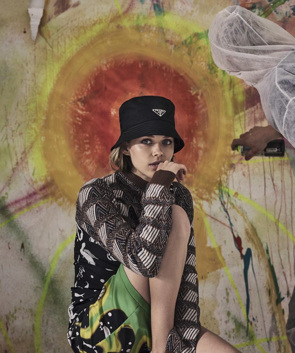 Vogue-Australia-August-2018-Victoria-Lee-Jake-Terrey-2.jpg