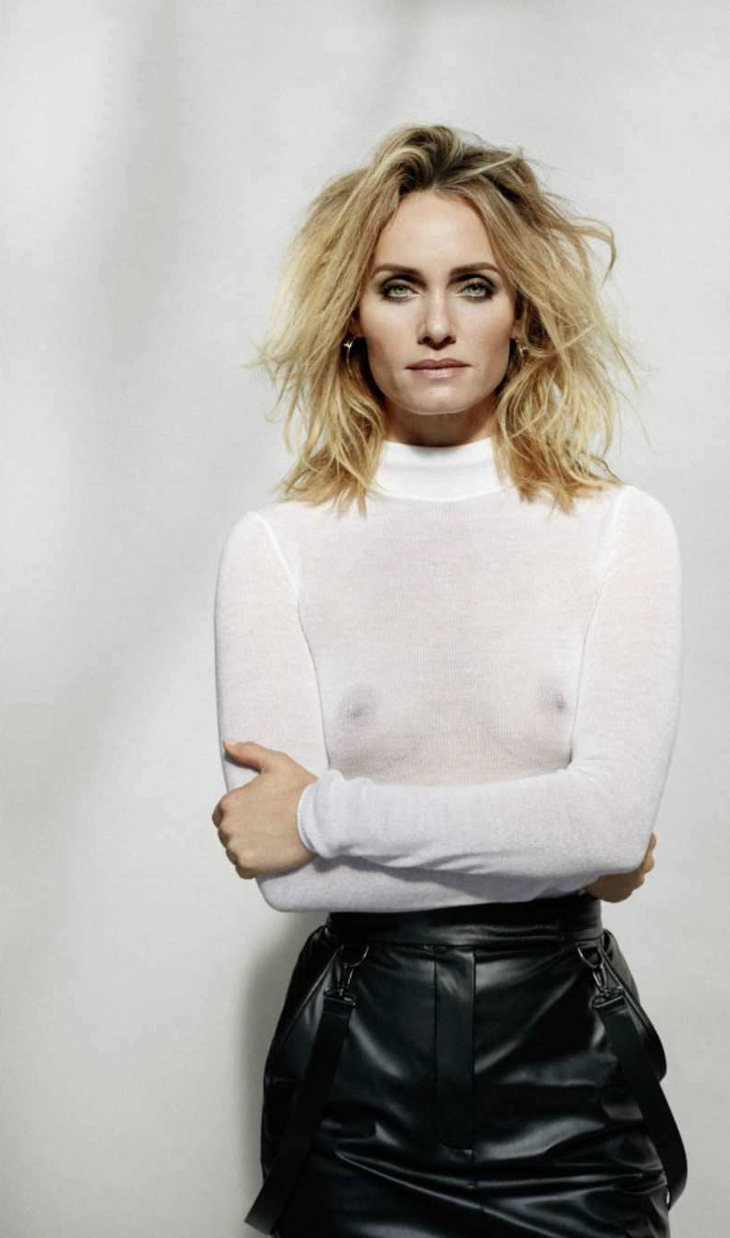 Pictures Amber Valletta nudes (11 photos), Cleavage