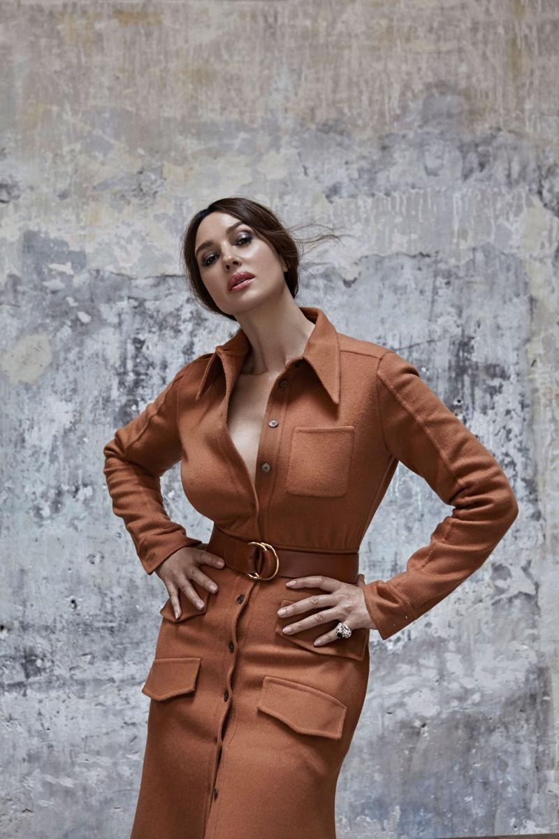 Monica-Bellucci-Esquire-Cover-Photoshoot07.jpg