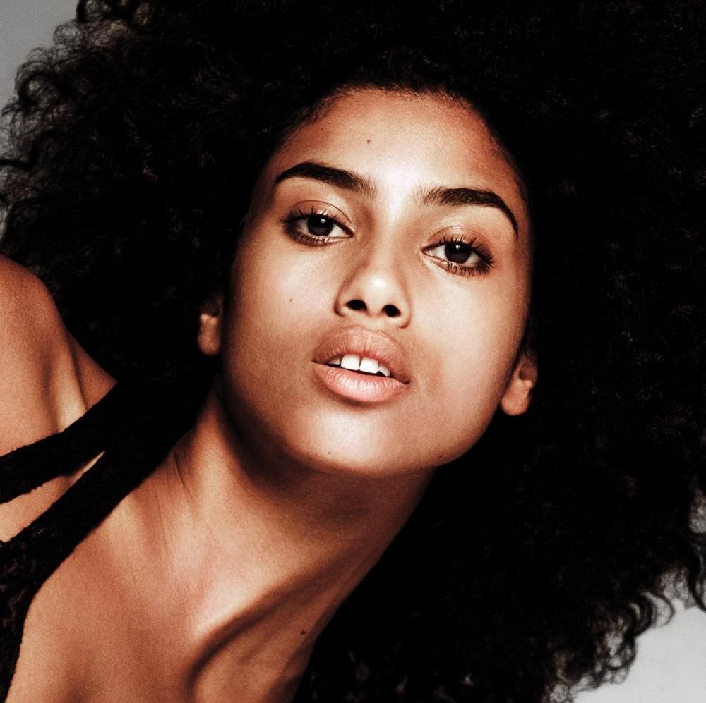 WSJ-Magazine-Celebrates-10-Years-with-10-Top-Models-19.jpg