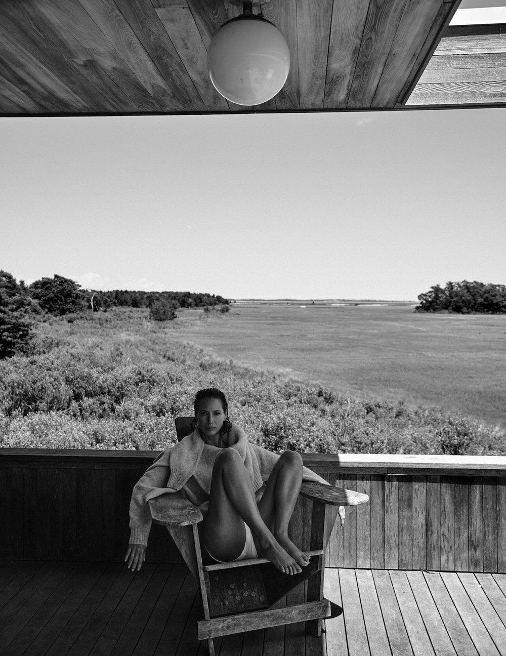 Christy Turlington by Chris Colls for Vogue Poland September 2018 (5).jpg