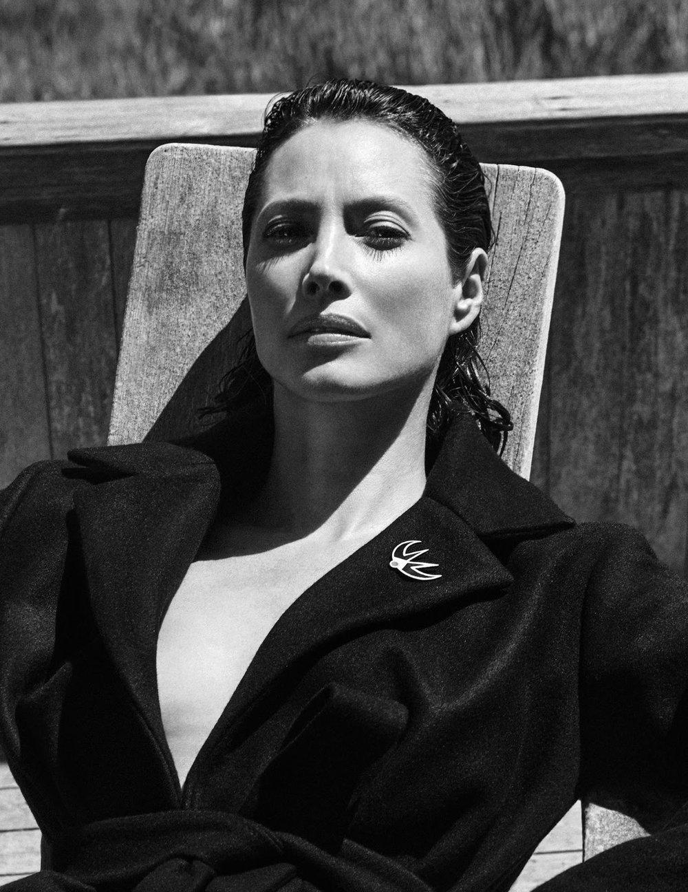 Christy Turlington by Chris Colls for Vogue Poland September 2018 (7).jpg