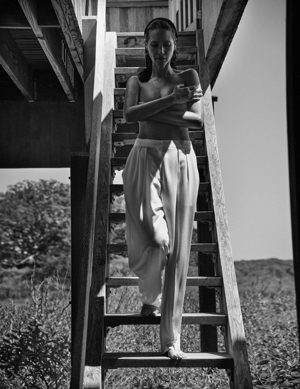 Christy Turlington by Chris Colls for Vogue Poland September 2018 (9).jpg