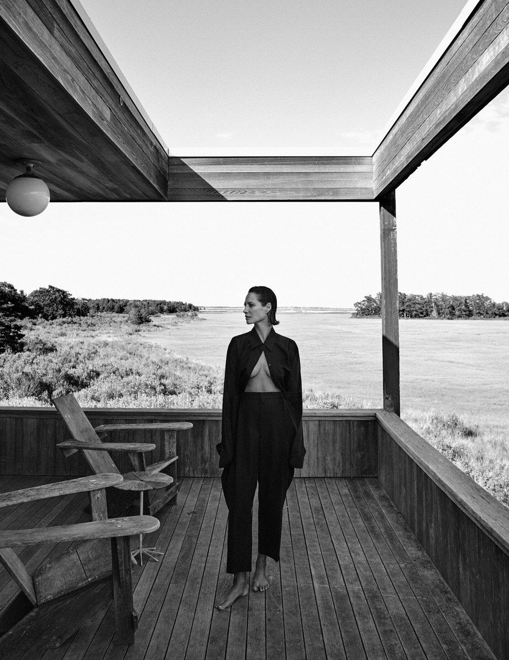 Christy Turlington by Chris Colls for Vogue Poland September 2018 (17).jpg